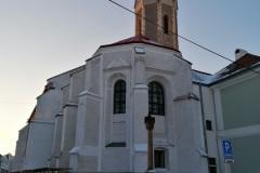 Foto-pred-kostolom-2